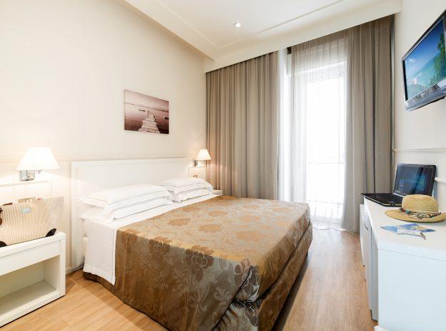 Zimmer2 NEU©Hotel Principe Cattolica