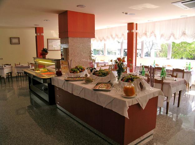 Restaurant©Alba d'Oro