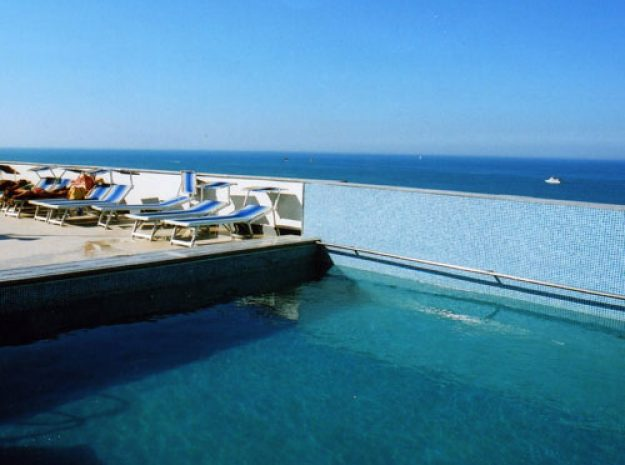 Hotel Metropol_Pool