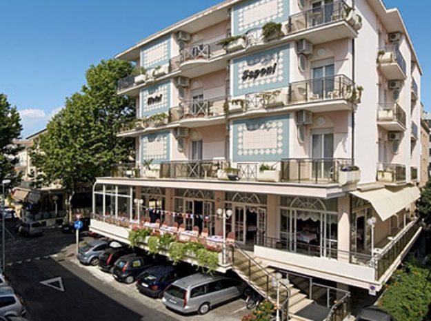 Hotel Saponi_Außen Tag