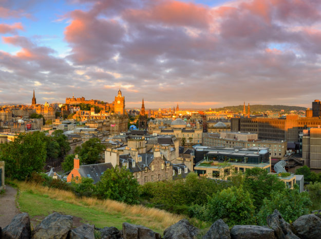 Edinburgh Castle©AdobeStock