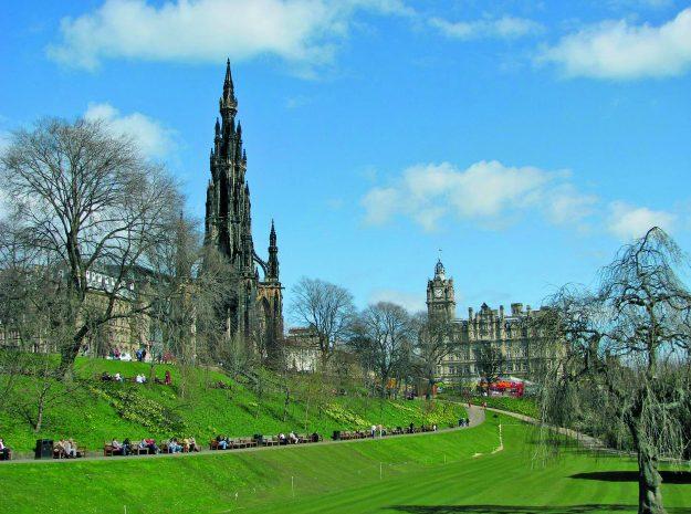 Edinburgh; Princes Park im Frühling_©Behringer