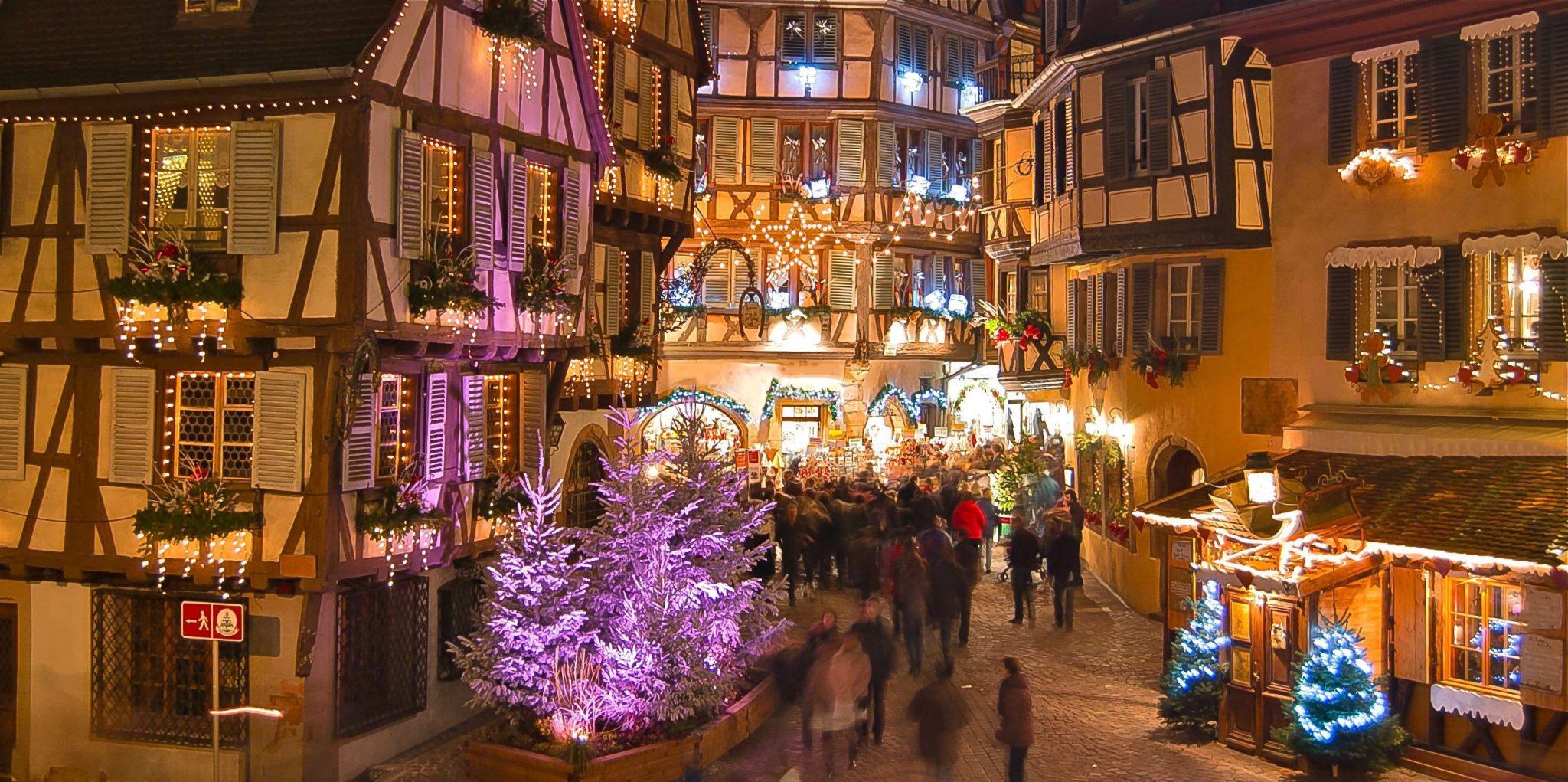 Colmar Weihnachtsmarkt.Weihnachtsmarkt Freiburg Strassburg Colmar Weiss Reisen