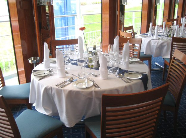 Donau_Restaurant©DCS-Touristik