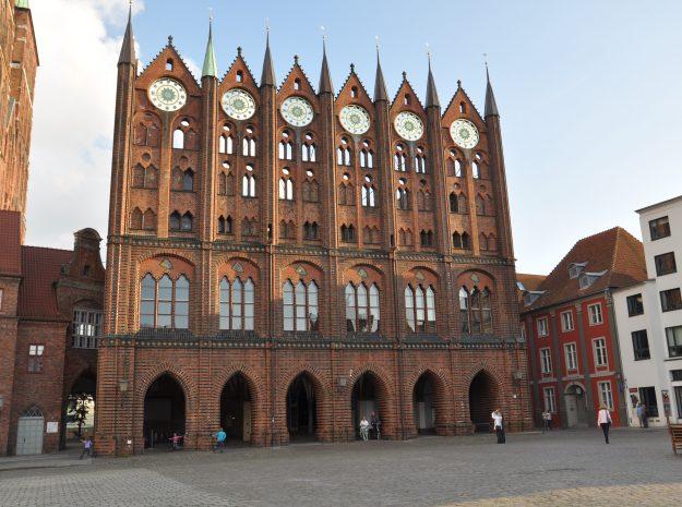 Stralsund Rathaus©Weiss Reisen