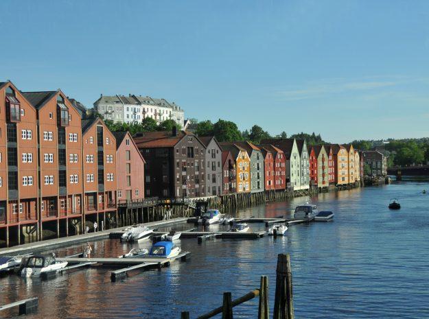 Trondheim Lagerhäuser©Weiss Reisen